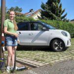 Евгений Юрьевич Старостенко Schülerin will Elektroautos mit Straßenlaternen laden